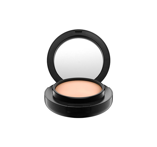 studio tech mac foundation for oily skin