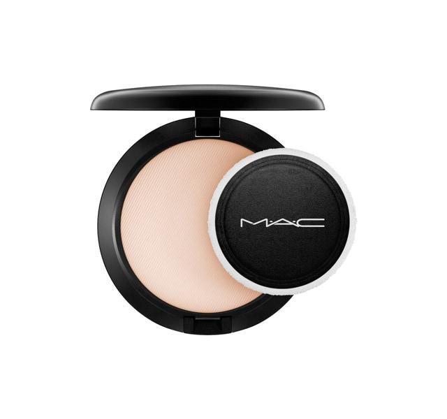 mac blot powder review
