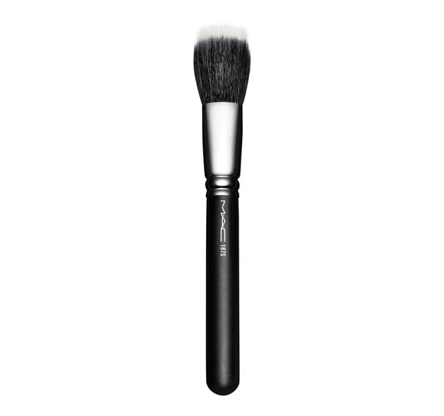187 Synthetic Duo Fibre Face Brush by Mac Cosmetics
