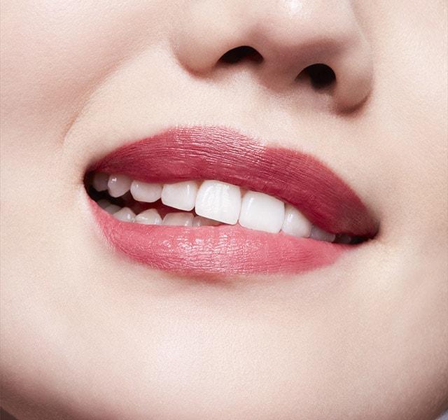 MAC Lipstick Christmas Holiday 2021